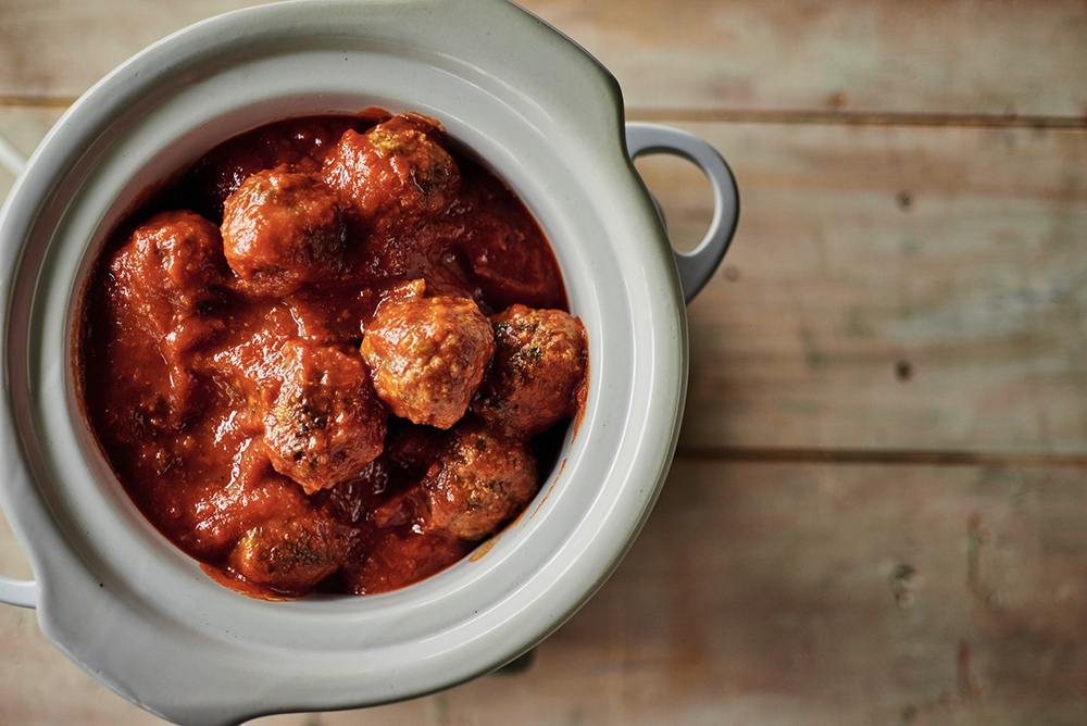 slow-cooker-meatballs-with-broccoli-rabe