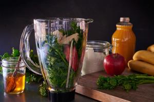 preparing-broccoli-rabe-power-smoothie-andy-boy