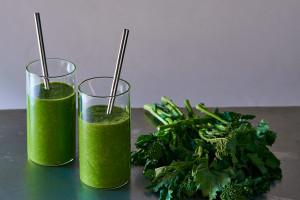 broccoli-rabe-smoothie-andyboy