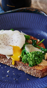 garlic-broccoli-rabe-toast-poached-egg-andy-boy