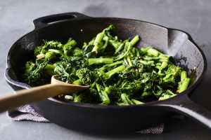 broccoli-rabe-skillet
