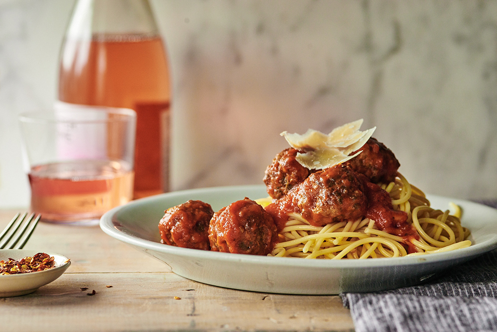slow-cooker-meatballs-with-spaghetti