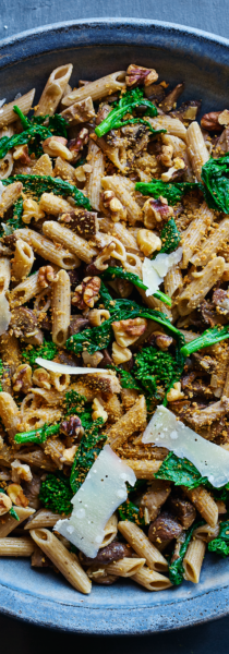 Penne-Pasta-with-Broccoli-Rabe-and-Mushrooms