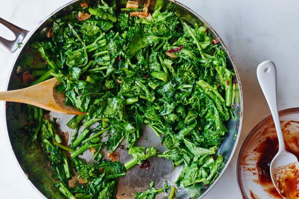 preparing-broccoli-rabe-burrito
