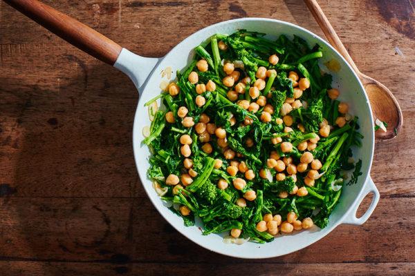 broccoli-rabe-braised-chickpeas-zaatar-andy-boy